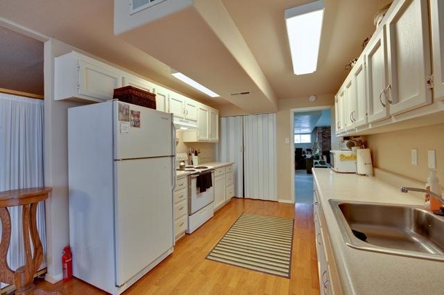 sample kitchen for frankford de homes for sale