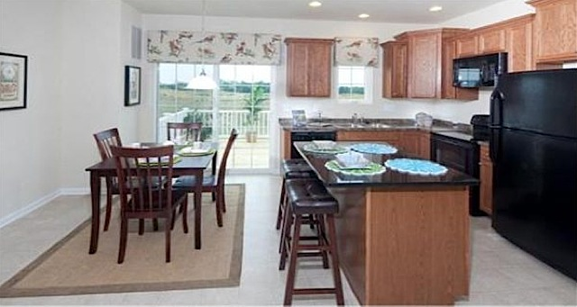 kitchen in plantation lakes golf course townhome